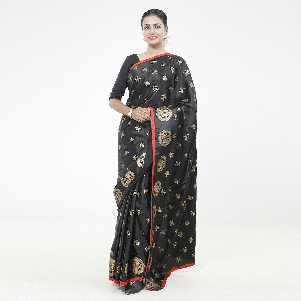 Fashionable Silk Saree - S02